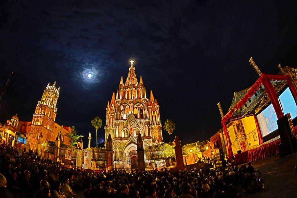 San Miguel de Allende ofrece sublimes proyecciones al aire libre