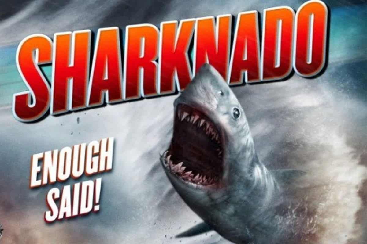 Sharknado. Fuente: The Verge.com