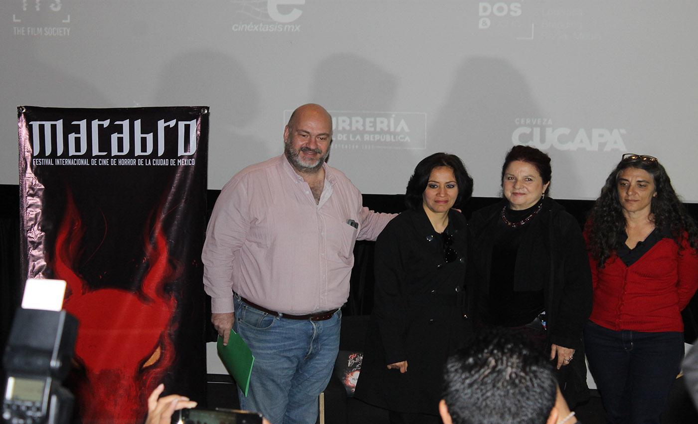 Macabro XVII. De izquierda a derecha: Hugo Villa, Edna Campos, Tina Romero, Paola Stefani