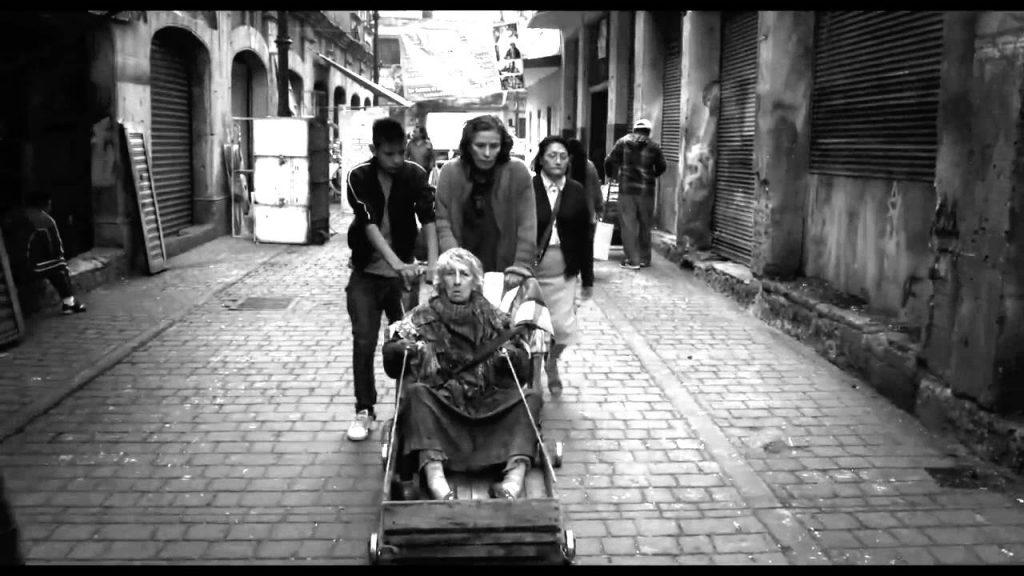 """""""La calle de la amargura"""", tan sórdida como enternecedora"""