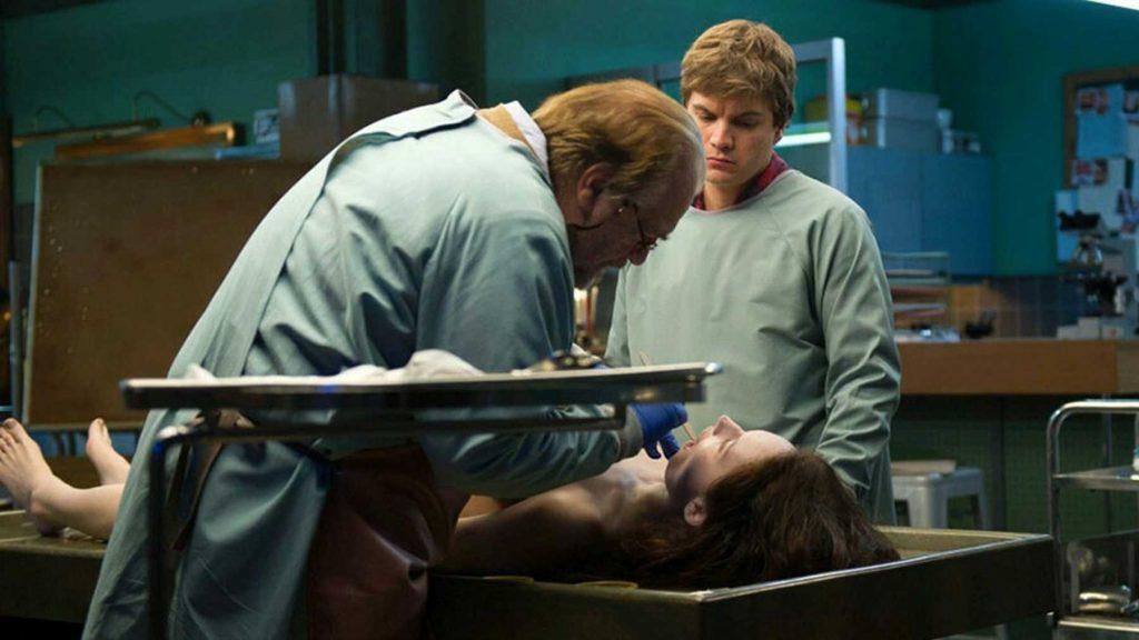 """""""La morgue"""", una autopsia de malévolas pesadillas"""